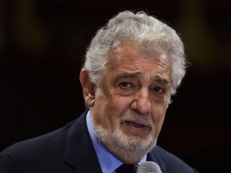 Plácido Domingo recibe alta